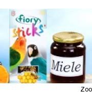 Палочки Fiory Sticks для средних попугаев с медом (2605-05)